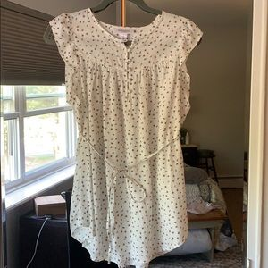 NWT Cream sleeveless blouse with bees and ladybugs